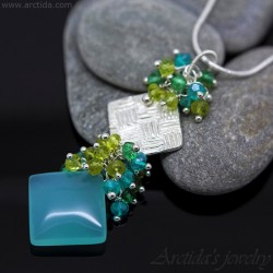 Square gemstone necklace...