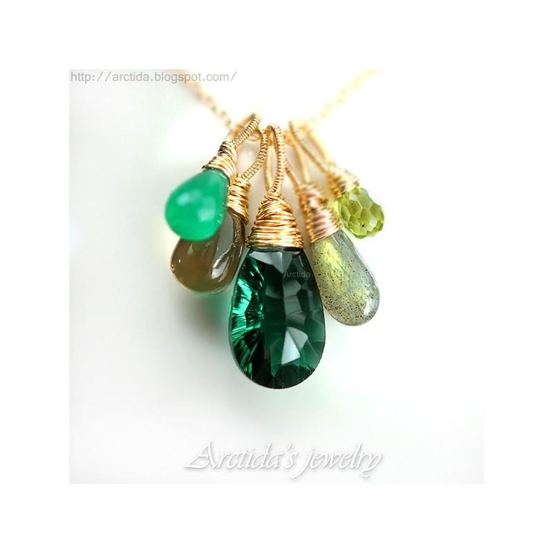 Labradorite Necklace  14K Gold-filled  Elegant /& Chic